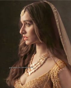 Bollywood Girls, Bollywood Actors, Bollywood Celebrities, Shraddha Kapoor Cute, Selena Gomez Outfits, Sraddha Kapoor, Indian Fashion Dresses, Most Beautiful Indian Actress, Girl Face