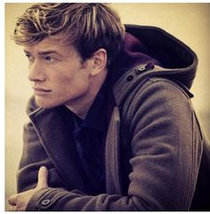 Ed Speleers... So talented but only appeared back on screen last year in Downton Abbey