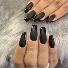 21 Matte Black Nails That Will Make You Thrilled If you want to try something new, why not opt for matte black nails? This design looks really extraordinary. See our matte black manicure ideas. Acrylic Nails Natural, Black Acrylic Nails, Black Coffin Nails, Acrylic Nail Shapes, Matte Black Nails, Black Nail Art, Matte Nail Polish, Black Acrylics, Stiletto Nails
