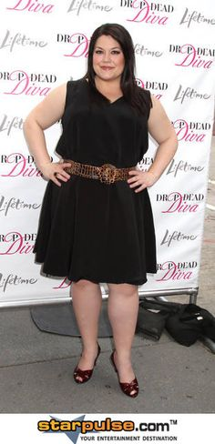 Brooke Elliott looking fab, Love this show and can't wait for season 5!!!