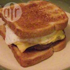 Sanduíche de carne com ovo @ allrecipes.com.br