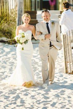 Beach Wedding Gorgeous. Photography: Christopher Nolan Photography - christophernolanphotography.com  Read More: http://www.stylemepretty.com/2013/12/27/halekai-iii-house-wedding/