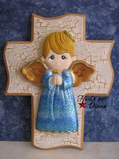 Manualidades Diana: Angeles en cruces Baptism Cookies, Cherub, Disney Characters, Fictional Characters, Angel Babies, Clay, Ceramics, Disney Princess, Crosses