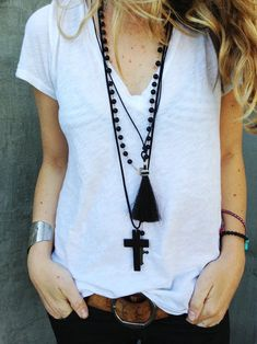 classic white tee. LOVE the tassel necklace