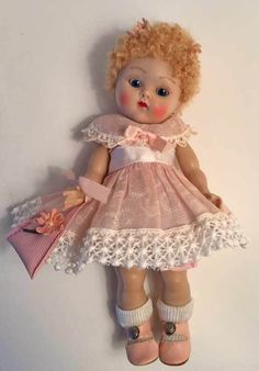 "VOGUE GINNY DOLL ""April"" 1952 #24 of the Kindergarten Series, So sweet! #Dolls"