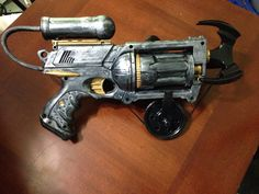 [Self] Rorschach's grappling hook gun from the graphic novel Watchmen - This is an automated post but if you want to read more Cosplay news checkout http://ift.tt/1dTOCQZ