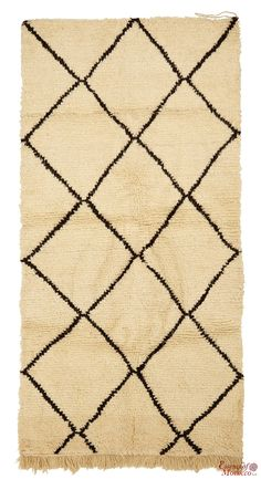 Beni Ourain Rug Vintage. Moroccan Pure Wool . Hand-knotted Handmade in Morocco Genuine and Authentic. 184 cm x 94 cm (BOS4)