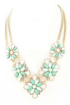 Floral Bouquet Statement Necklace - Mint/White