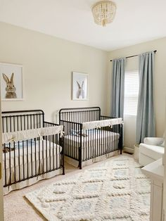 Today we are sharing twin nursery ideas with a stunning neutral nursery for two baby boys! Twin Baby Beds, Twin Baby Rooms, Twin Boys, Twin Cribs, Baby Twins, Babies, Twin Nursery Gender Neutral, Nursery Twins, Baby Boy Nurseries