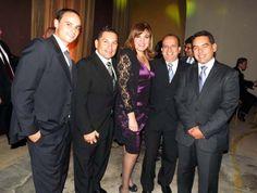 Liliana Barrera, del Sheraton Lima, departe con sus invitados, entre hoteleros y agencias de viajes.