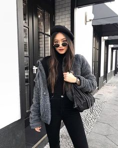 Pin by morgana marengo ☾ on la mode in 2019 уличная мода, по Look Fashion, Fashion Outfits, Womens Fashion, Fall Winter Outfits, Autumn Winter Fashion, Red Lips Outfit, Moda Hipster, Criss Cross Bikini, Casual Outfits