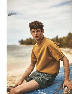 French model Arthur Gosse heads to the beach for a summer themed fashion editorial from L'Officiel Hommes España. Photographed by Alan Chies… Beach Editorial, Summer Editorial, Editorial Fashion, Men Editorial, Rugged Style, Strand Editorial, Beach Photography Poses, Men Photoshoot, Men Beach