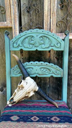 Southwestern chair with Country Chic Paint. Bliss and dark antiquing wax. Hand Painted Chairs, Painted Stools, Hand Painted Furniture, Furniture Redo, Furniture Ideas, Southwestern Chairs, Southwestern Decorating, Southwest Decor, Southwest Style