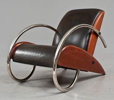 Streamline chair by Klaus Wettergren.
