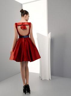 Modelo Circe. Colecci�n vestidos de fiesta 2014 Miquel Suay.