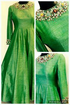 Red Lehenga, Anarkali Dress, Lehenga Choli, Bridal Lehenga, Frock Models, Mode Bollywood, Heavy Dresses, Baggy Dresses, Pattu Saree Blouse Designs