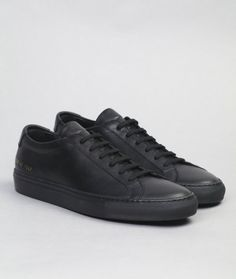 The Achilles Low is the iconic Common Projects silhouette. It features a full leather upper and leather lining, rubber outsole and gold numbering on the heel. Wear them with everything from sportswear to tailoring, they'll look great all the same.