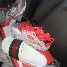Black Gucci flip flops Fashionable flip flops Gucci Shoes Sandals