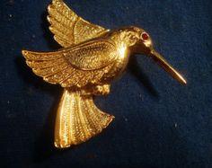 Vintage Hummingbird Brooch https://www.etsy.com/shop/Orangebirdofparadise?ref=l2-shopheader-name