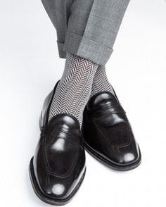 Made in the USA Expertly knitted at a third-generation North Carolina mill, these timeless, luxury men's dress socks are are a great addition to every well-dressed man's wardrobe. Fabric Content: - 67
