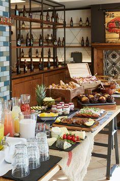 hotel restaurant Ideas for breakfast buffet presentation brunch ideas Buffet Restaurant, Hotel Buffet, Restaurant Design, Design Hotel, Breakfast Buffet Table, Brunch Buffet, Ideas Desayunos, Food Ideas, Hotel Breakfast Buffet