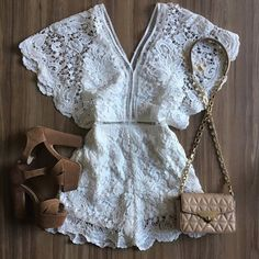 """3,478 curtidas, 54 comentários - •Desejos Fashion ✨ (@desejos.moda) no Instagram: """"Yes or not? ✨ #love #girls #moda #fashion #desejosfashion #look #blogger"""" Going Out Outfits, Pretty Outfits, Beautiful Outfits, Cute Outfits, Women's Summer Fashion, Teen Fashion, Fashion Outfits, Womens Fashion, Insta Outfits"""