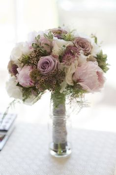 Wedding Wednesday: Inspiration for Wedding Flowers in May – Claire & Paul | Flowerona