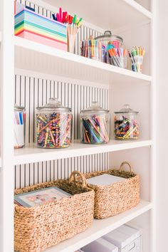 My kids LOVE to color and be creative. I've always tried to keep a good supply do crafts in the house so they have some creative time. Now more than ever, kids need creative time being out of school and mama needs a little break! Playroom Design, Playroom Decor, Playroom Ideas, Kid Decor, Playroom Furniture, Hallway Ideas, Room Decorations, Decor Ideas, Toddler Playroom