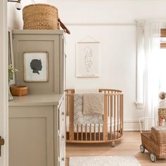 A newborn typically sleeps up to 15-16 hours a day (even though it doesn't always feel like it). The wheels on our #StokkeSleepi allows you to move the crib around the house, so you can always be close to your little one. 📸: lindseybadenhop  #growingcrib #nurserydesign #nursery #nurseryideas #homedecor #nurseryinspiration