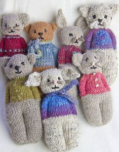 Animal Comfort Dolls pattern by P. Olson Knit a little comfort for little ones in the form of a Rabbit, Mouse, Kitty or Bear. Animal Comfort Dolls pattern by P. Olson Knit a little comfort for little ones in the form of a Rabbit, Mouse, Kitty or Bear. Baby Knitting Patterns, Knitted Doll Patterns, Knitted Dolls, Loom Knitting, Crochet Dolls, Crochet Patterns, Knit Crochet, Knitting Projects, Crochet Projects