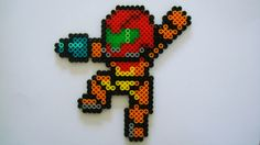 Perler Bead Sprite- Samus Aran. If I had the colors I would so make this!