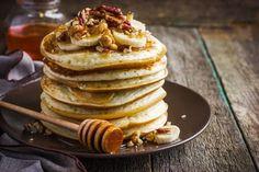 Banánové lívance Pancakes Ricotta, Banana Oat Pancakes, Whole Wheat Pancakes, Banana Oats, Buttermilk Pancakes, Pecan Pancakes, Chickpea Pancakes, Granola, Pancakes Leger
