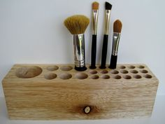 Makeup Forever Crap And Fix Any Makeup Brush Holder Folder Make Up Vanity Decor . Diy Organizer, Hair Tool Organizer, Makeup Vanity Decor, Diy Makeup, Wooden Pen Holder, Rustic Closet, Cool Tree Houses, Make Up Storage, Small Wood Projects