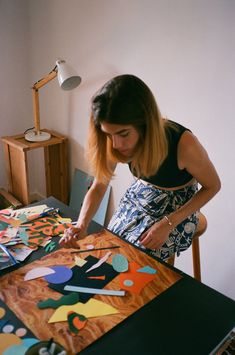 "Cut out shapes and use as large ""confetti"" on tables Painting Inspiration, Art Inspo, Inspiration Artistique, Foto Portrait, Art Graphique, Art Model, Art Plastique, Artist At Work, Collage Art"