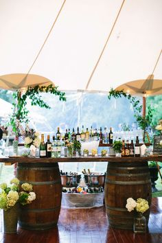 "5 Unique Wedding Bar Setups That Say, ""It's time to party!"" #wedding #bar #party"
