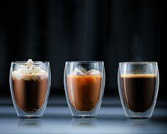 Una lista de regalos perfectos para los coffee lovers. Inspírate para encontrar los mejores regalos para tus amigos que aman el café. Estos regalos son perfectos para Navidad o como regalo de cumpleaños.