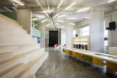 Inspiration: Creative Fluorescent Lighting Arrangements - Office Snapshots - orientación de luz
