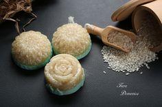 Σαπούνι απολέπισης με βούτυρο καρύδας Body Soap, Soaps, Cookies, Ethnic Recipes, Desserts, Food, Hand Soaps, Crack Crackers, Tailgate Desserts