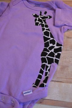 giraffe - my mother in law would love to see baby girl in this!! So cute!!