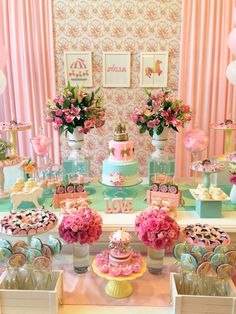 Adorable pink and green carousel horse themed party, girl's birthday party - LC - cha de bb carrossel (16)