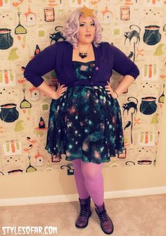 Outfit of the (Holi)Day: Happy Lumping Halloween! So my...>>is that wallpaper or wrapping paper and if so can i have it