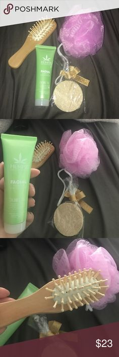 SPA BUNDLE Everything in brand new, never used, perfect condition, the only thing that has been used once is the coconut fusion! The bundle includes: a pink hempz scented loofa, a little hairbrush, 2 exfoliating pads, and a 1.3oz sealed hempz facial hydrator and moisturizer, and a 1.5oz of coconut fusion; shimmering herbal body soufflé! Hempz Other