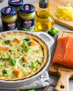 Greek Recipes, Pie Recipes, Cooking Recipes, Salmon Quiche, Savory Pastry, Good Food, Yummy Food, Homemade Soup, Salmon Recipes