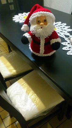 Crochet Santa, Crochet Amigurumi, Christmas Crochet Patterns, Love Crochet, Crochet Blanket Patterns, Crochet Dolls, Christmas Scenes, Santa Christmas, Christmas And New Year