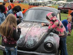 An old VW bug painted in chalk paint?  How cool is that! Bug-A-Paluza is a family friendly event with proceeds benefiting RMHC of Chattanooga.  Check it out at Camp Jordan on April 20-21.