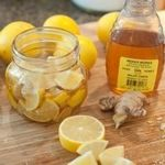 Natural Remedies For Colds The 11 Best DIY Cough and Cold Remedies - Lemon, Honey, and Ginger Soother for Colds and Sore Throats - DIY DIY Cough and Cold Remedies for sinus congestions, colds, and flu. Flu Remedies, Herbal Remedies, Cough Remedies For Kids, Sore Throat Remedies, Bloating Remedies, Holistic Remedies, Natural Health Remedies, Natural Cures, Natural Healing