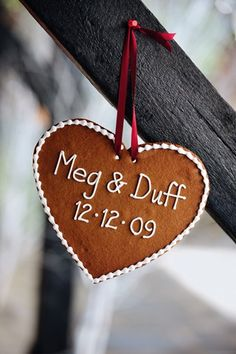 Personalized ginger bread    Festive Christmas Winter Wedding Ideas (BridesMagazine.co.uk)