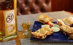 Pastel aberto de pernil - http://superchefs.com.br/27568-2/ - #Boteco, #ChefCarlosRibeiro, #Pastel, #PastelAberto, #PatyAlbehy, #Pernil, #Receitas, #Reserva51, #RestauranteNaCozinha