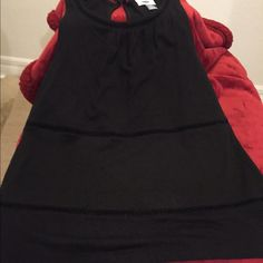Old Navy Black Sleeveless Top, cool design. Brand new Old Navy black unique sleeveless top.  Never worn.  Size S.  Perfect with an open sweater or any outfit! Old Navy Tops Tank Tops