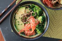 Healthy gluten-free recipe for a smoked salmon soba bowl with avocado, broccoli, and a sesame-mirin dressing.
